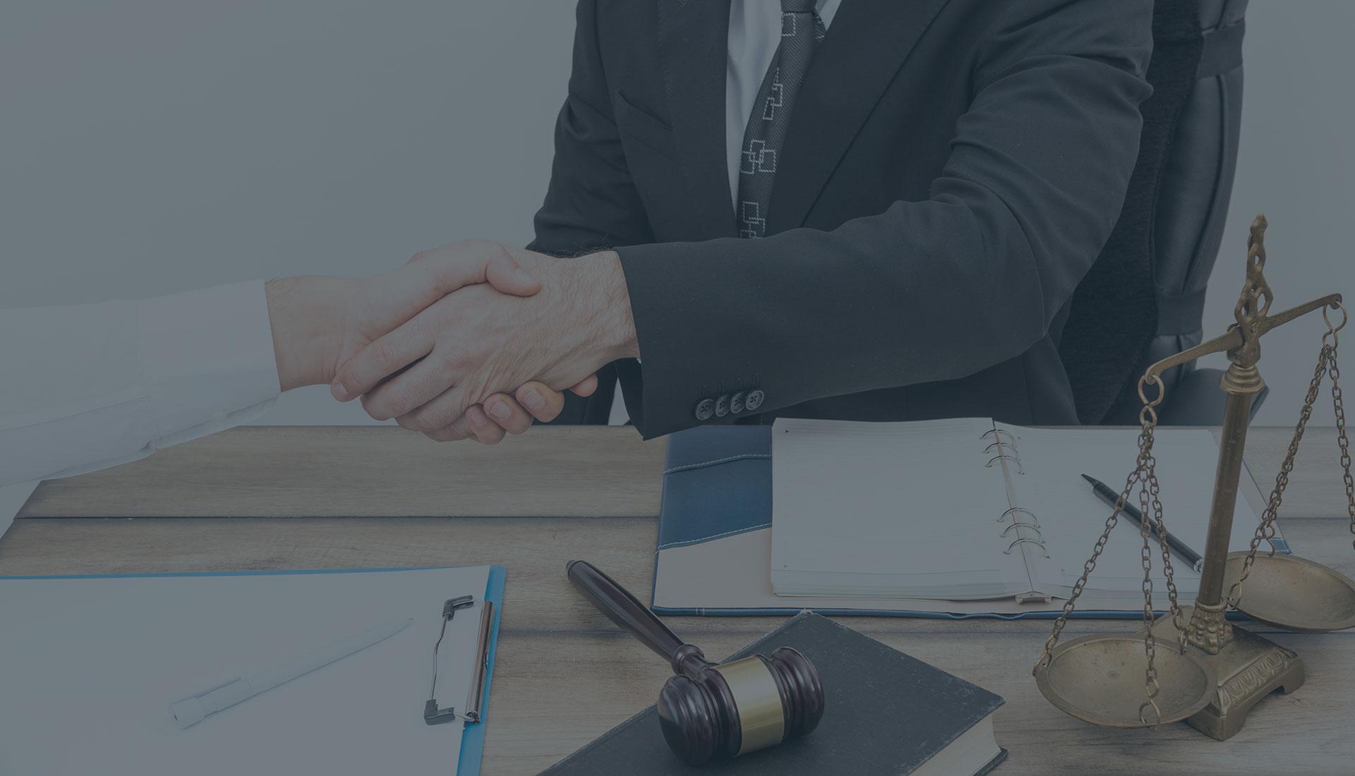 Опытные адвокаты по семейным спорам